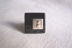 Bague «Tendance grise» céramique noir/inox