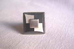 Bague «Tendance grise» céramique gris/carré