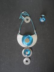Création originale -Collier triple inox/verre turquoise -Bague assortie
